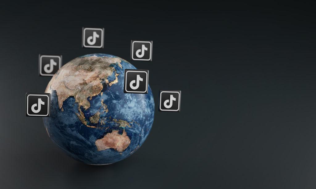 L'application TikTok dans le monde. Vidéo de marque sur TikTok